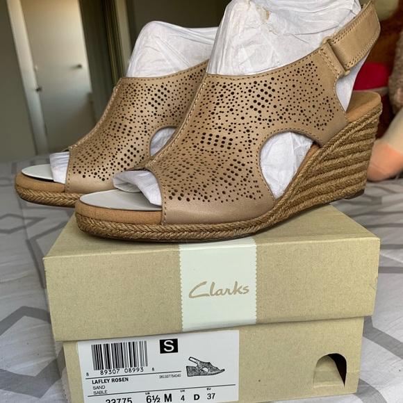 a443568136b Make an offer😍 Clarks Espadrille wedge sandals